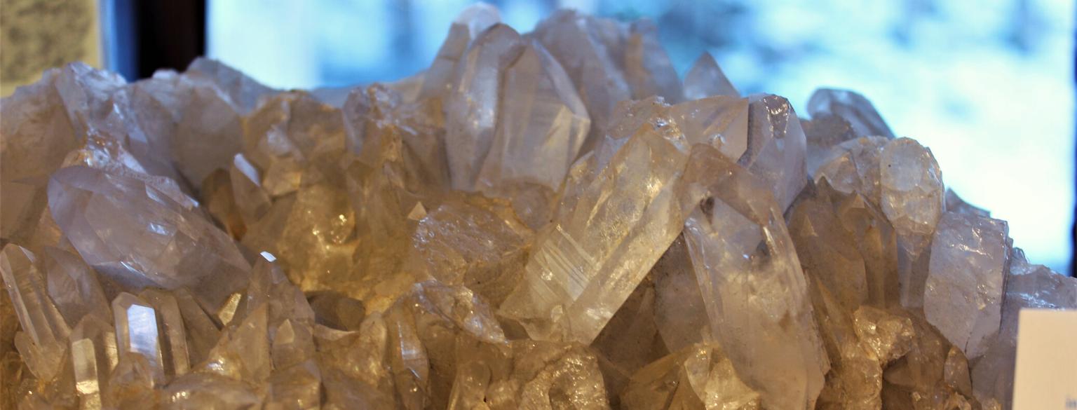 Photo of quartz crystals